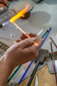 Making cremation jewellery